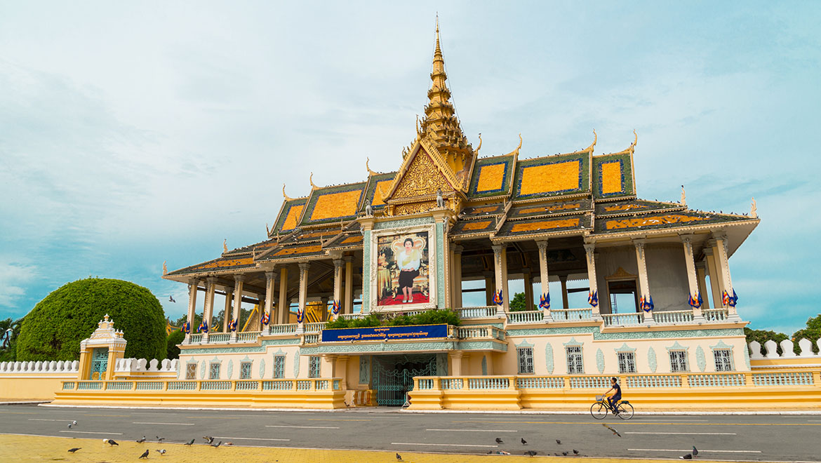 Phnom Penh & Welcome to Cambodia